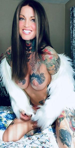 Naked janine lindemulder Janine Lindemulder