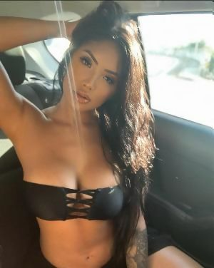 Naked madore Marie Madore